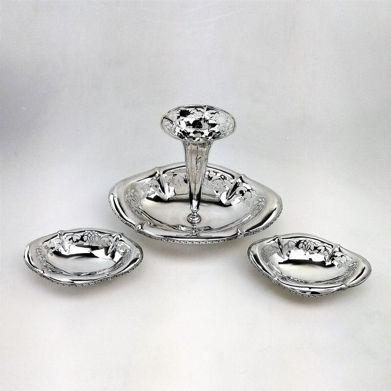 Antique Sterling Silver Epergne / Centrepiece / Vase 1911 For Sale 2