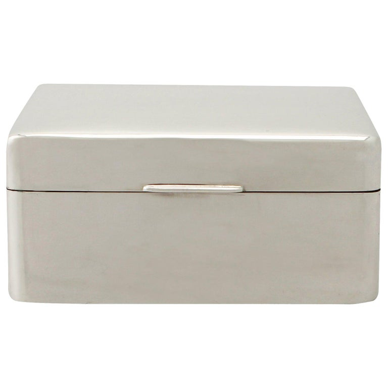 20th Century Antique Sterling Silver Jewelry Box 1930 For Sale