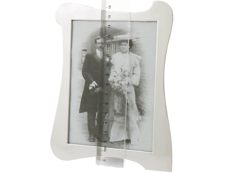 Antique Sterling Silver Photograph Frames For Sale 3