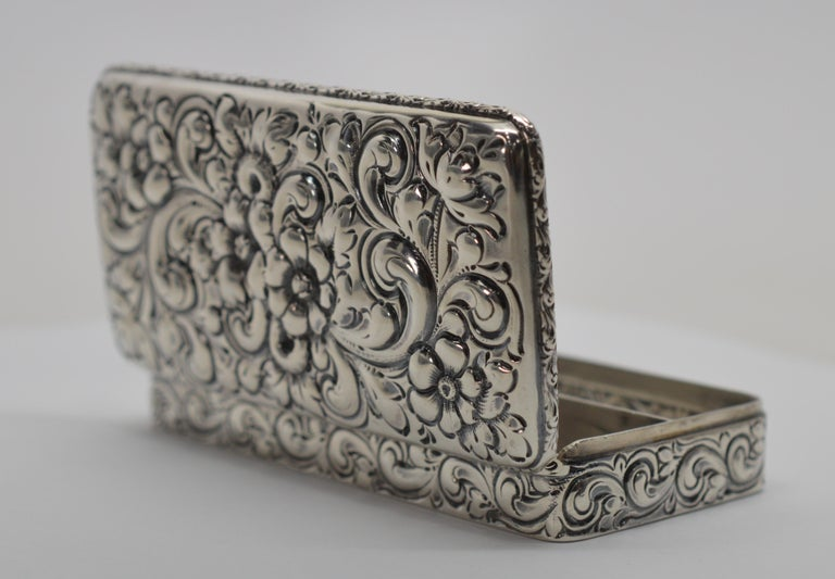 Antique Sterling Silver Snuff Box For Sale 1