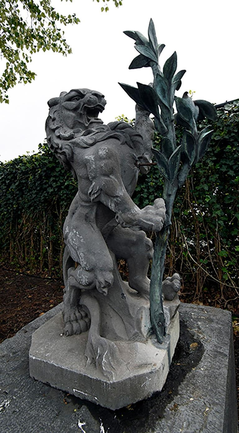 Old Garden Statue: Antique Stone Lion Statue From Belgium 19th Century For