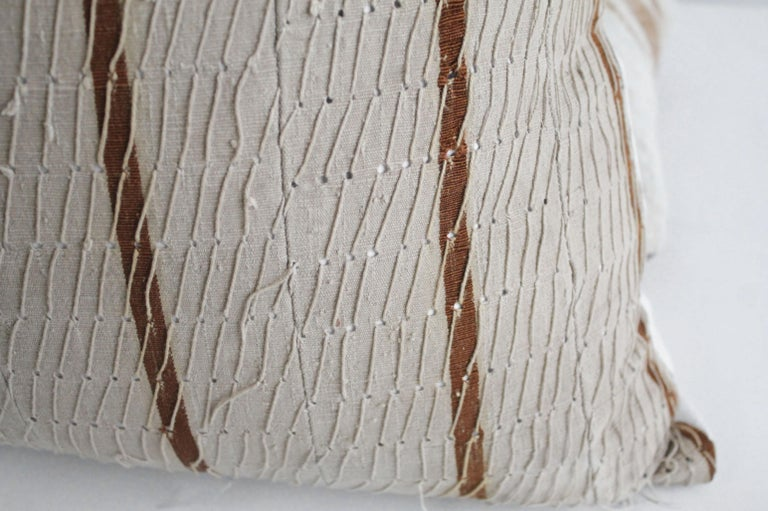 Antique Stripe Linen and Cotton Textured Pillow Sham Natural and Dark Rust In Good Condition For Sale In Brea, CA