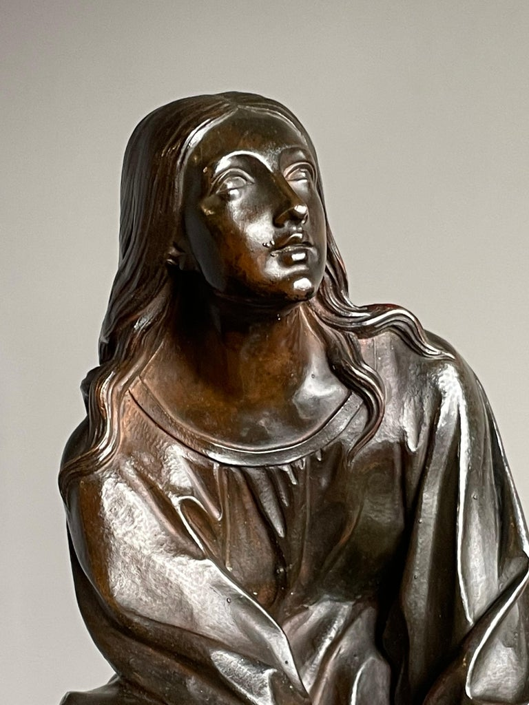 Antique & Stunning Bronze Kneeling Angel Sculpture Marked 1841 by T. Gechter For Sale 6