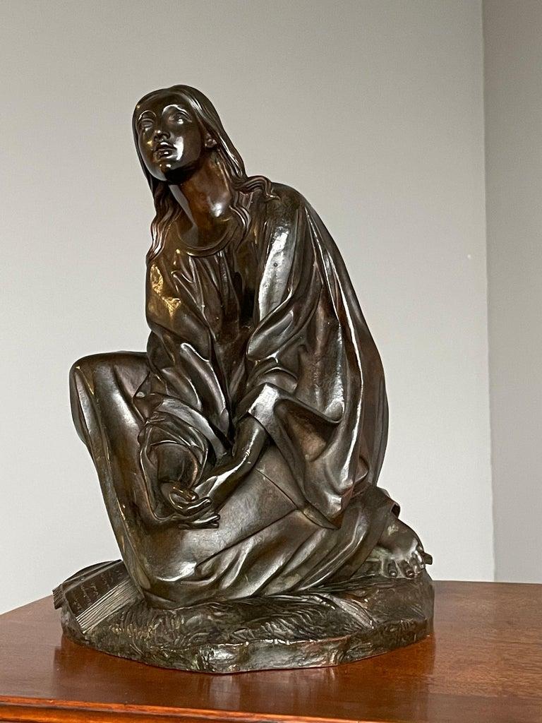 Antique & Stunning Bronze Kneeling Angel Sculpture Marked 1841 by T. Gechter For Sale 1