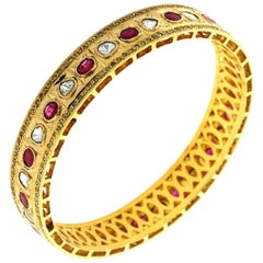 Antique Style 3.02 Carat Rose Cut Diamond Ruby 18 Karat Gold Bangle Bracelet
