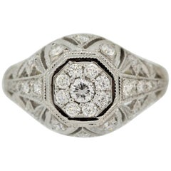 Antique Style Diamond Gold Ring