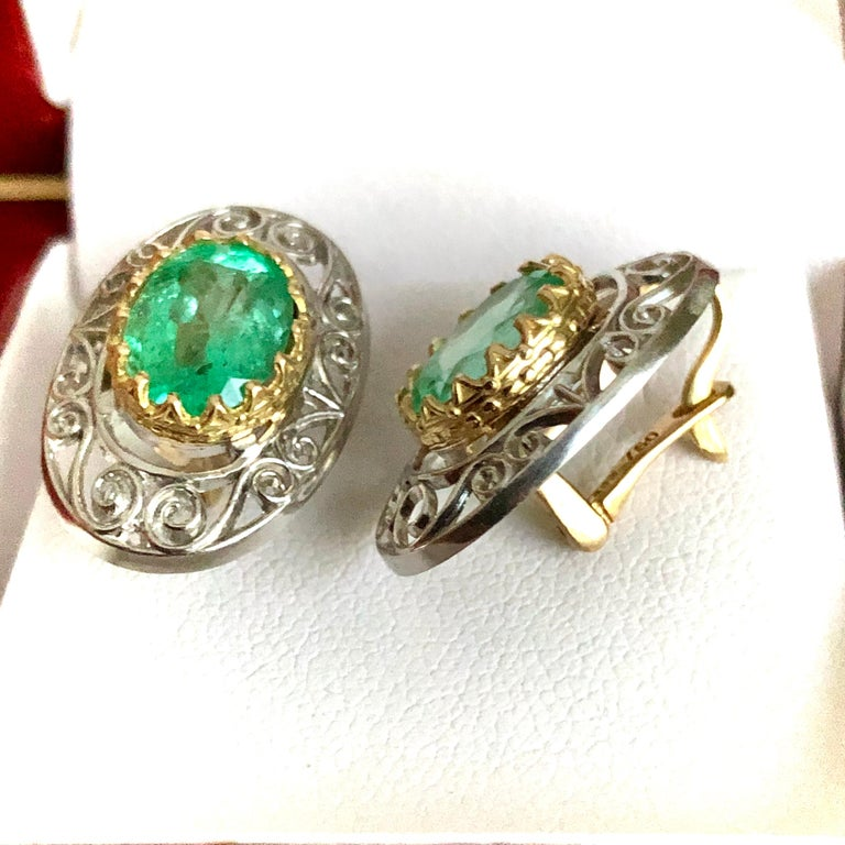 Colombian Natural Emerald Platinum  18 Karat Gold Drop Earrings In New Condition For Sale In Brunswick, ME