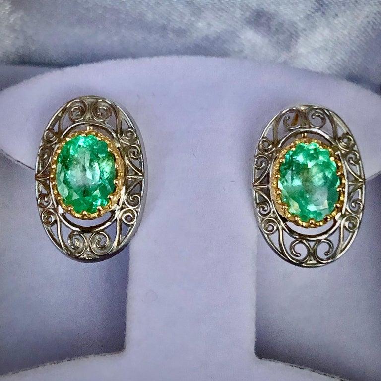 Women's or Men's Colombian Natural Emerald Platinum  18 Karat Gold Drop Earrings For Sale