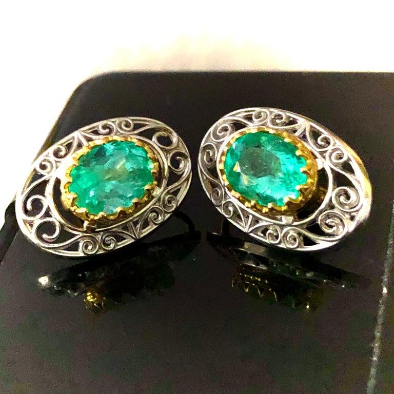 Colombian Natural Emerald Platinum  18 Karat Gold Drop Earrings For Sale 1