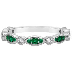 Antique Style Green Emerald and Diamond Wedding Band