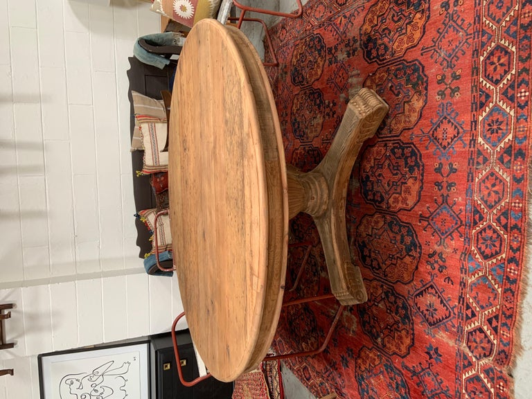 Antique-Style Round Dining Table For Sale 1