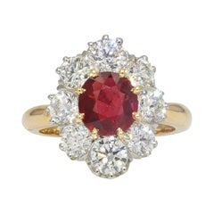 Antique Style Ruby Diamonds 18 Karat Yellow Gold Platinum Daisy Ring