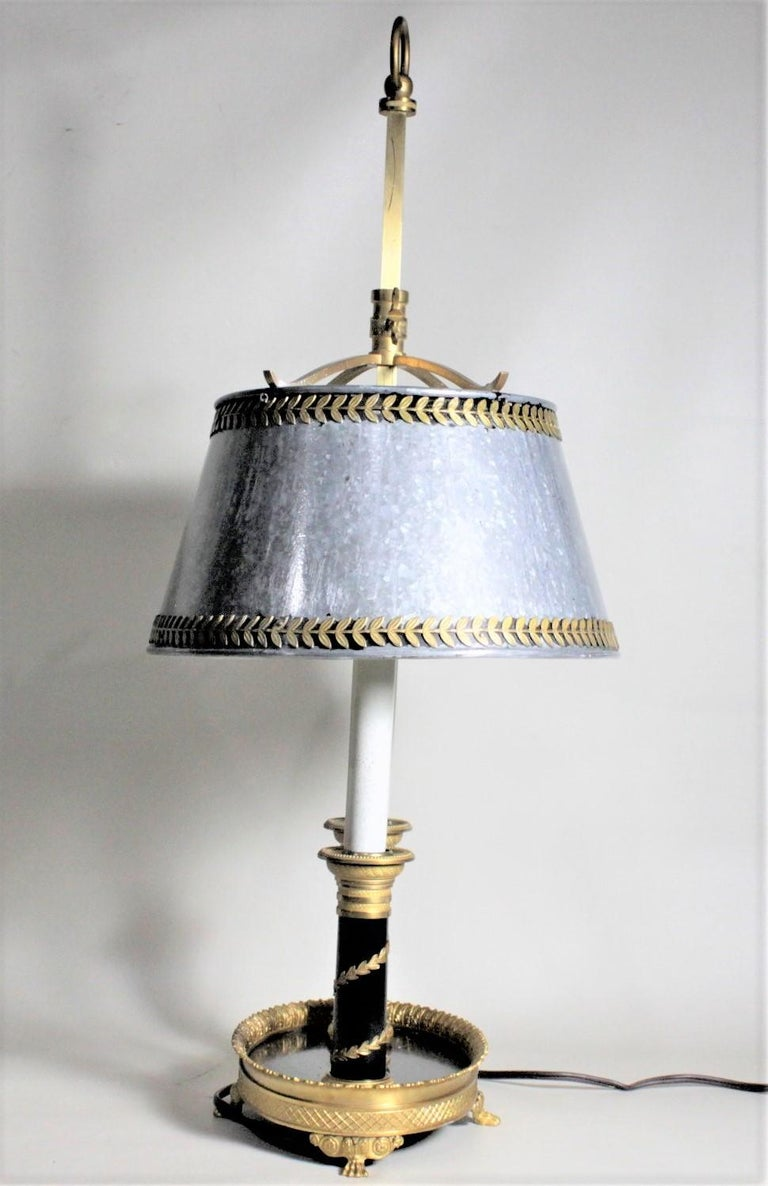 Antique Styled French Toleware Table or Desk Lamp with Solid Brass Frame In Good Condition For Sale In Hamilton, Ontario
