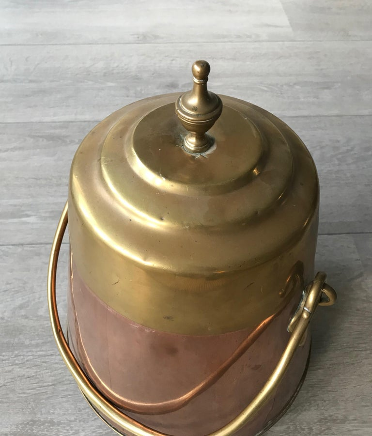 Dutch Antique Stylish Copper and Brass Coal Kettle, Fire Extinguisher Fire Place Decor For Sale