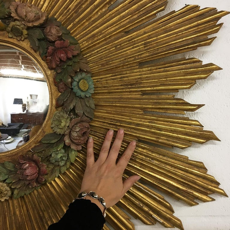 Antique Sunburst Starburst Giltwood French Convex Gilded Carved Barbola Mirror In Good Condition For Sale In Sherborne, Dorset