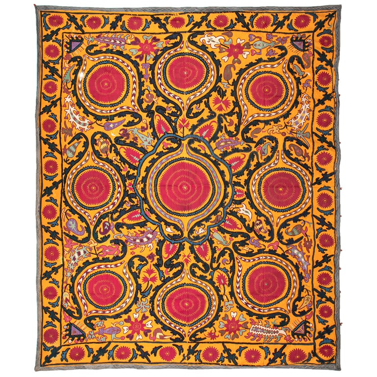 Antique Suzani from Djizak, Uzbekistan, Central Asia, Late 19th C For Sale