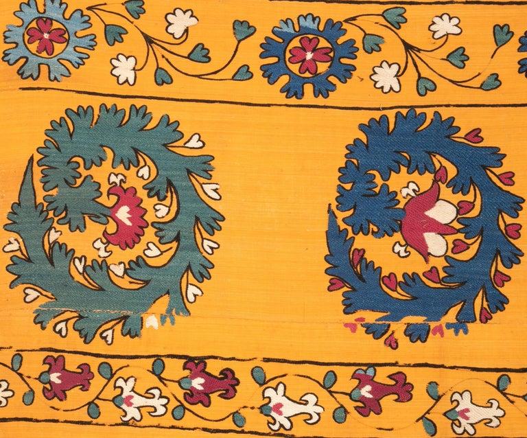 Antique Suzani from Tashkent Uzbekistan, Late 19th Century For Sale 5