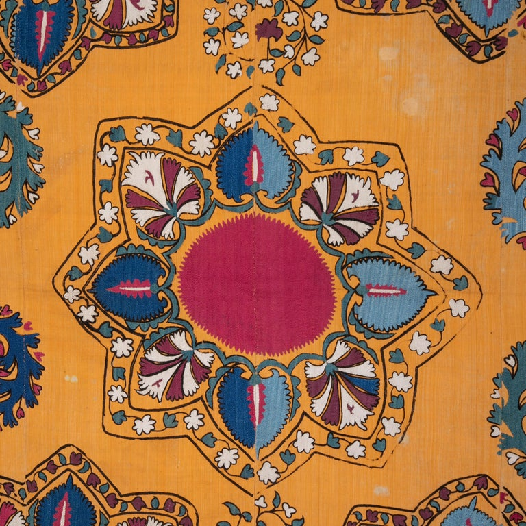 The Suzani is an outstanding example of its type. It has no lining, it could be lined upon request.