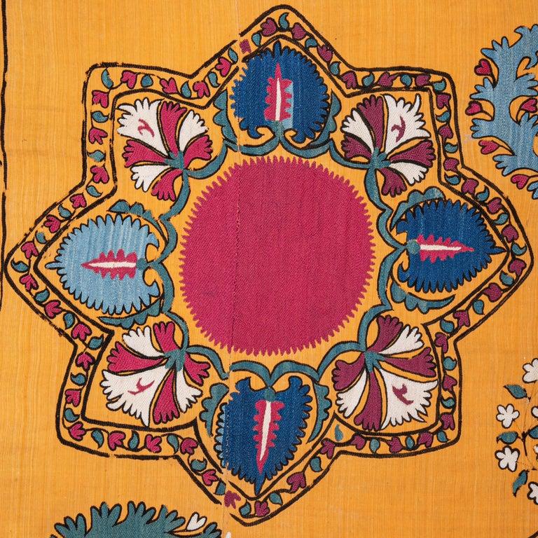 Antique Suzani from Tashkent Uzbekistan, Late 19th Century For Sale 1