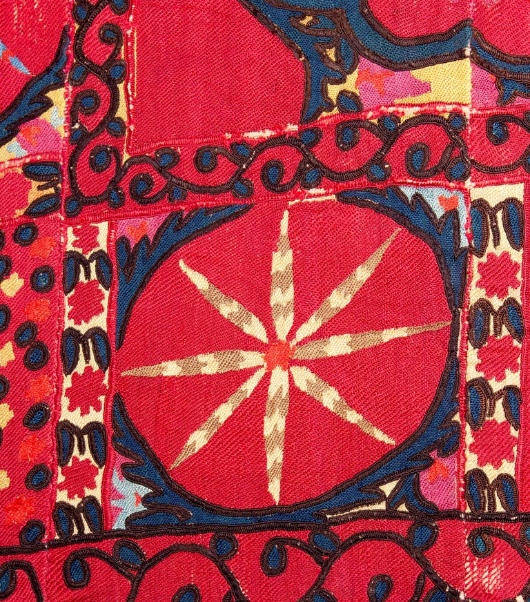 Silk Antique Suzani from Uzbekistan, Central Asia 19th Century For Sale