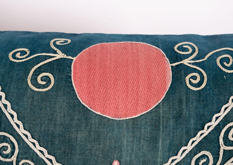 Antique Suzani Pillow Case Made from an Early 20th Century Velvet Suzani In Good Condition For Sale In Istanbul, TR