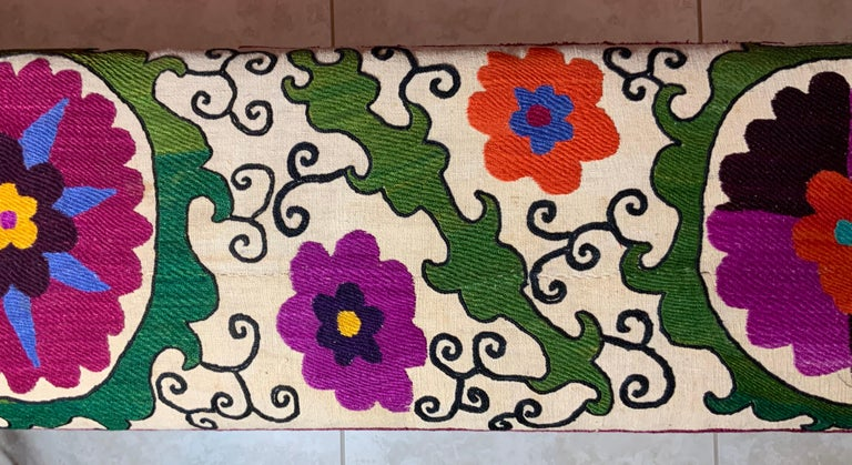 Antique Suzani Sitting Bench In Good Condition For Sale In Delray Beach, FL