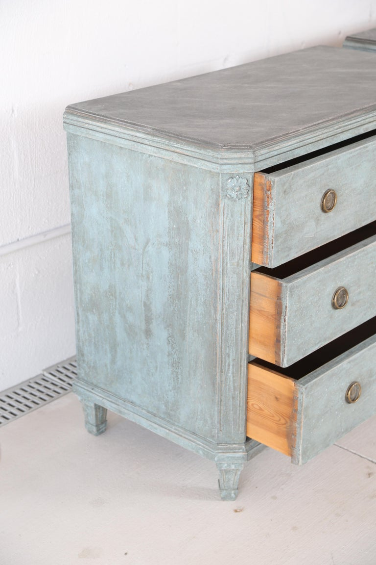 Antique Swedish Gustavian Style Bue Painted Chests, Late 19th Century For Sale 5