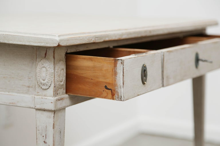 Antique Swedish Gustavian Style Painted Desk, Mid-19th Century In Good  Condition For Sale - Antique Swedish Gustavian Style Painted Desk, Mid-19th Century For