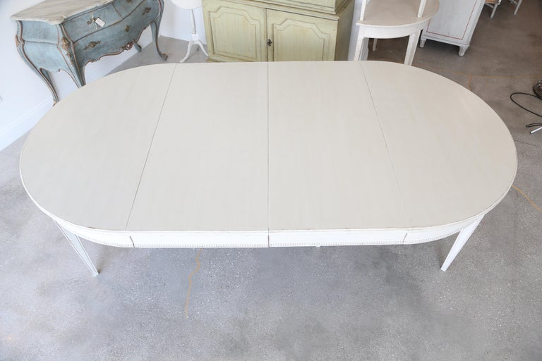 Antique Swedish Gustavian Style Painted Extension Dining Table Late 19th Century In Good Condition For Sale In West Palm Beach, FL