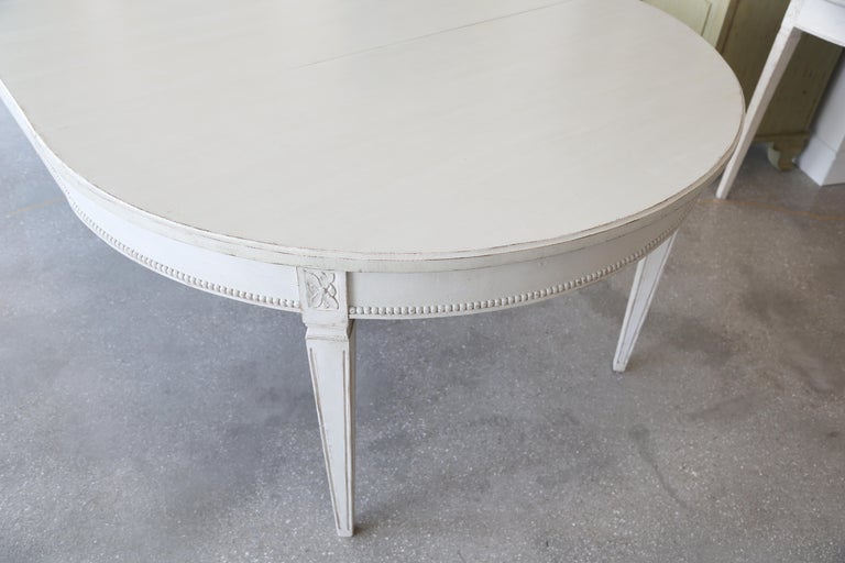 Antique Swedish Gustavian Style Painted Extension Dining Table Late 19th Century For Sale 4