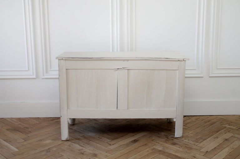 Gustavian Antique Swedish Style Commode or Chest of Drawers For Sale
