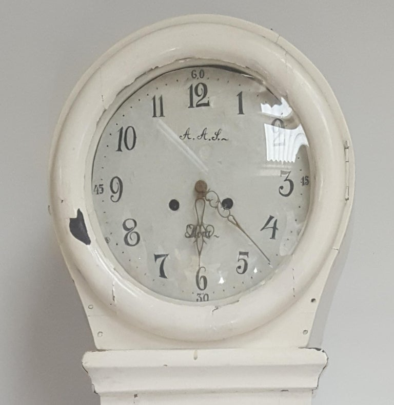 Hand-Painted Antique Swedish White Mora Clock Country, Early 1800s For Sale