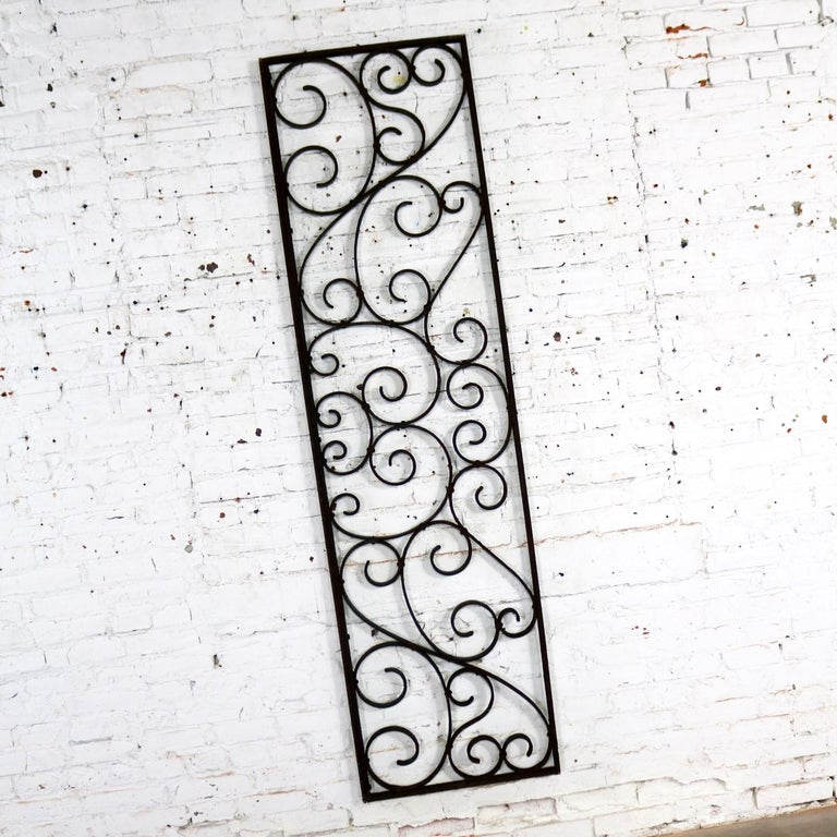 Antique Swirled Design Wrought Iron Railing Piece Trellis or Fence Section In Good Condition For Sale In Topeka, KS