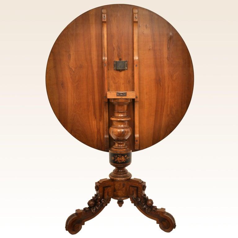 Antique Swiss Black Forest Tilt-Top Pedestal Walnut Marquetry Carved Table, 1880 For Sale 5