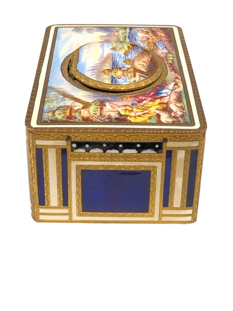 Antique Swiss Mechanical Automaton Bird Box Music Box In Excellent Condition For Sale In Chicago, IL