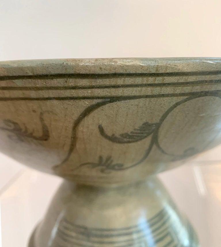 Antique Thai Celadon Stemmed Dish Sukhothai Sawankhalok For Sale 7