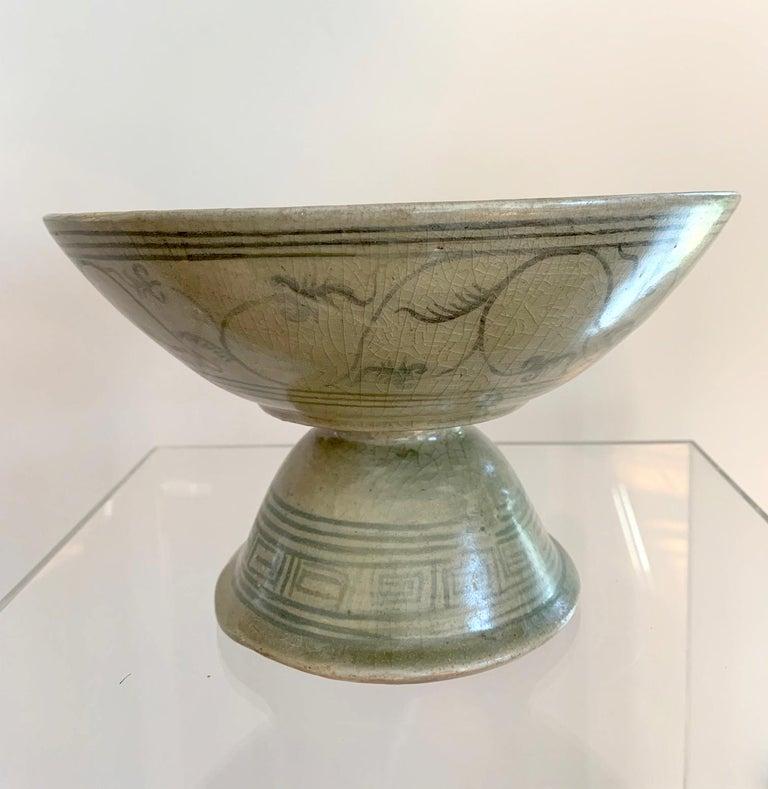 Archaistic Antique Thai Celadon Stemmed Dish Sukhothai Sawankhalok For Sale