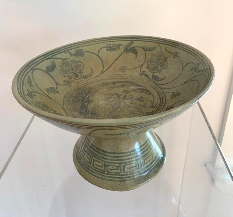 18th Century and Earlier Antique Thai Celadon Stemmed Dish Sukhothai Sawankhalok For Sale