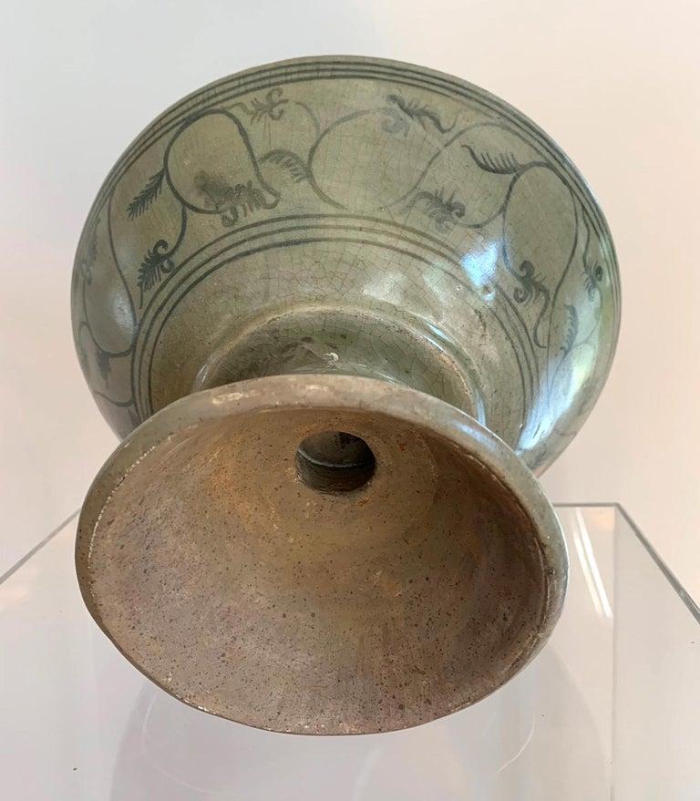 Antique Thai Celadon Stemmed Dish Sukhothai Sawankhalok For Sale 1
