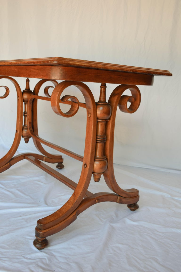 Antique Thonet Bentwood Table In Good Condition For Sale In Houston, TX