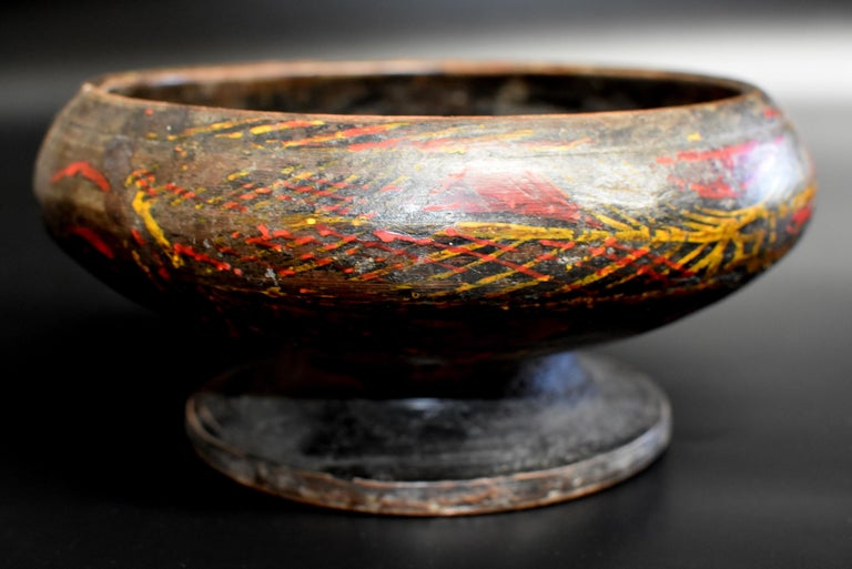 Antique Tibetan Bowl with Wheat Motif For Sale at 1stdibs