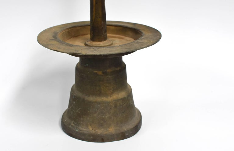 Antique Tibetan Bronze Oil Lamp In Excellent Condition For Sale In Somis, CA