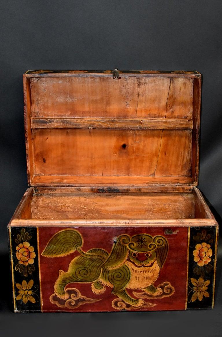 Antique Tibetan Foo Dog Box Hand Painted Box 6 For Sale 4