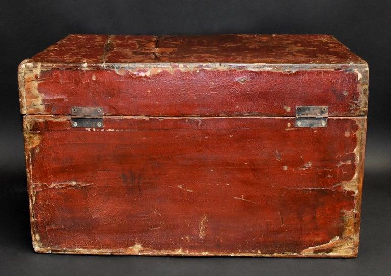 Antique Tibetan Foo Dog Box Hand Painted Box 6 For Sale 9