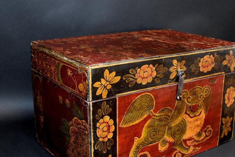 Antique Tibetan Foo Dog Box Hand Painted Box 6 For Sale 2