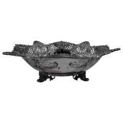 Antique Tiffany American Sterling Silver Leaf and Shell Centerpiece Bowl