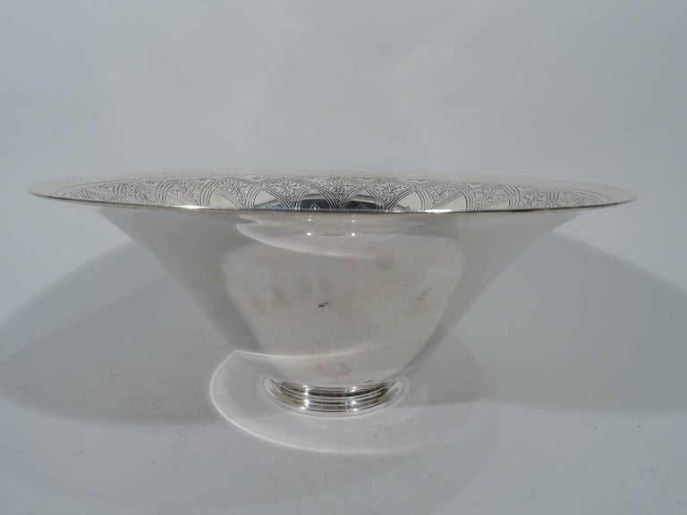 American Antique Tiffany Art Deco Sterling Silver Centrepiece Bowl For Sale