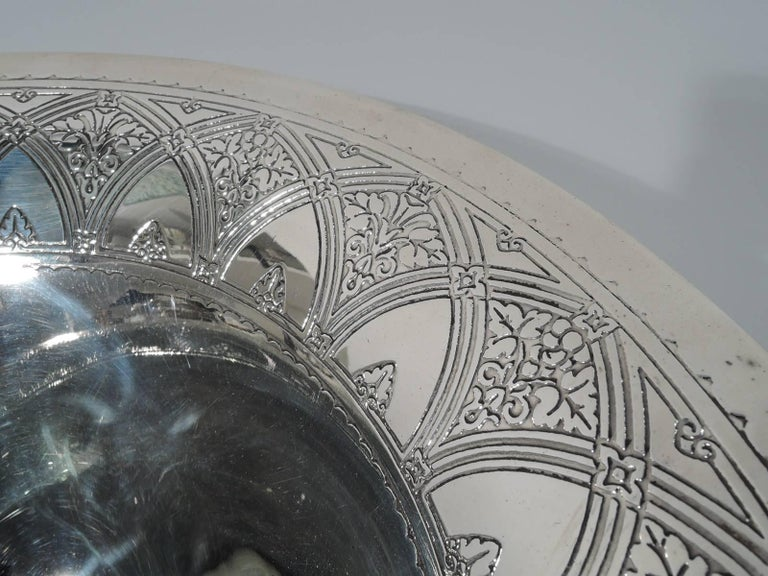 Antique Tiffany Art Deco Sterling Silver Centrepiece Bowl In Excellent Condition For Sale In New York, NY