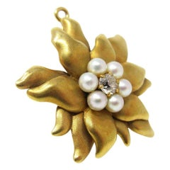Antique Tiffany & Co. 18 Karat Floral Diamond and Pearl Pendant Brooch
