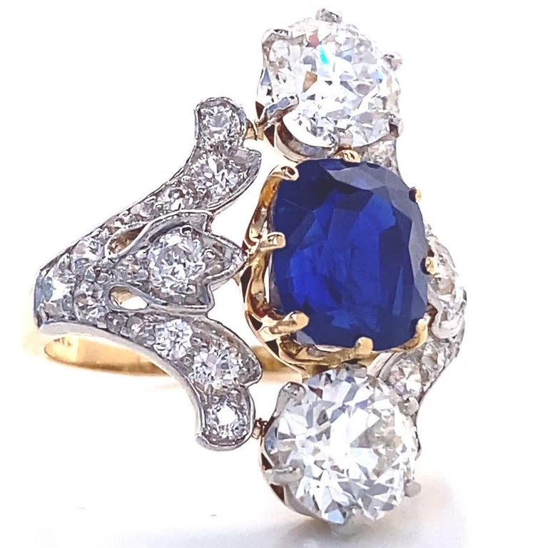 Cushion Cut Antique Tiffany & Co. 4.33 Carat Kashmir Sapphire No Heat Diamond Gold Ring For Sale